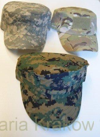 czapki Helikon
